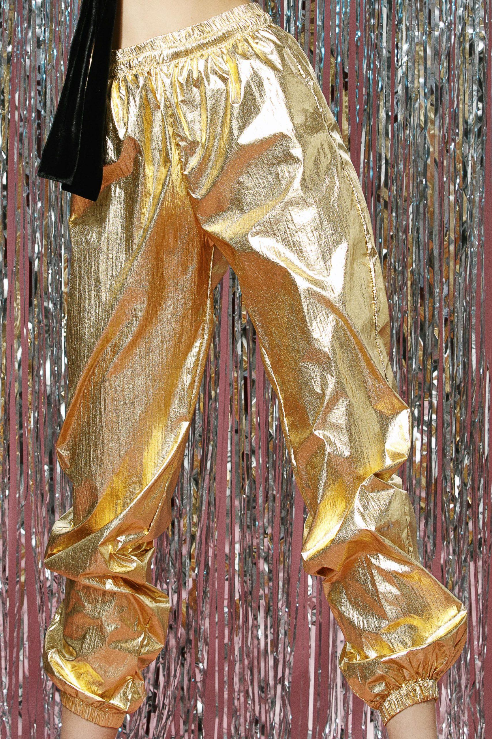 Pantaloni lungi gold 1